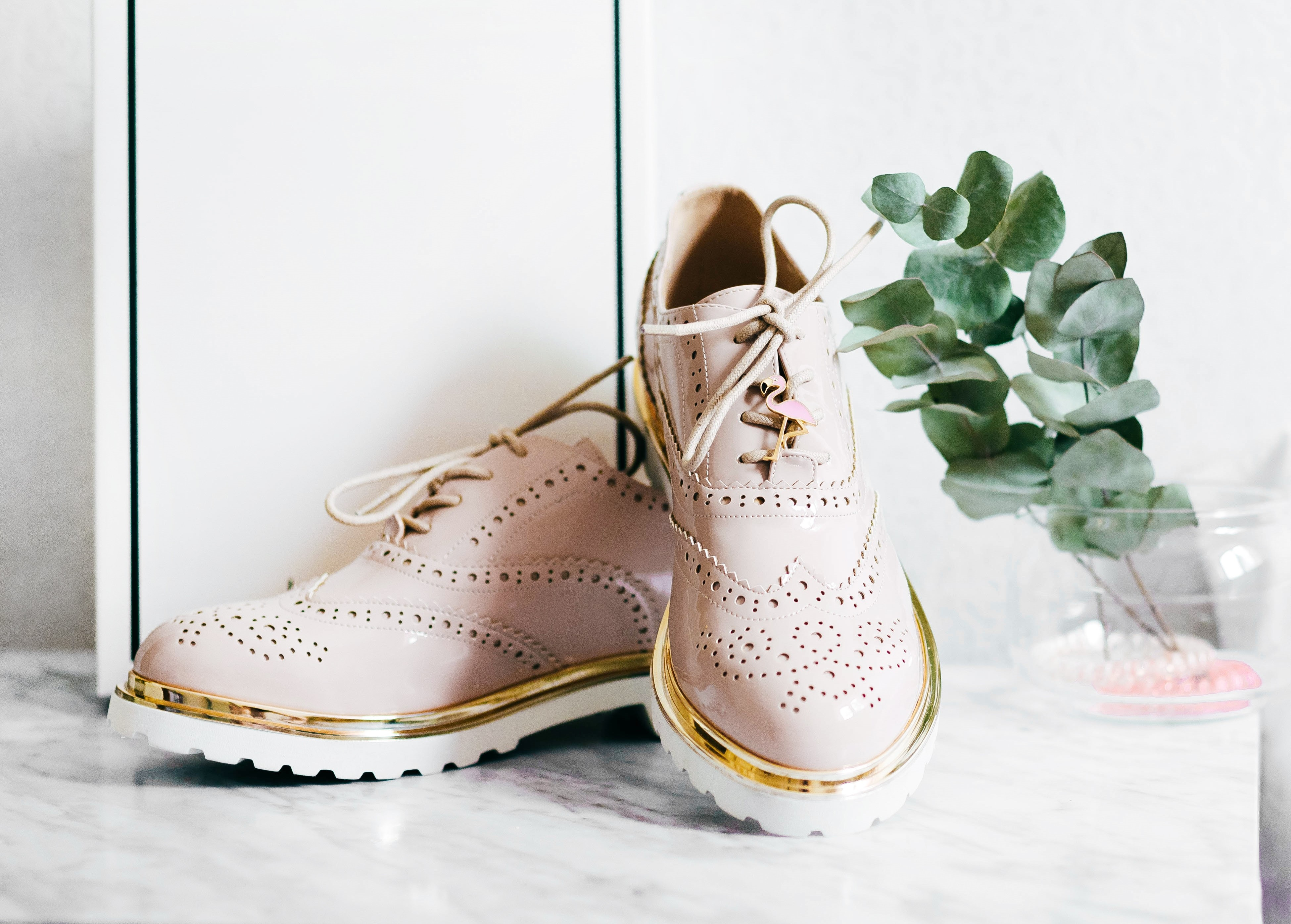 Stylish di Setiap Langkah dengan Sepatu Kasual Favorit Shopeeholics