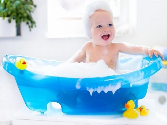 waktu mandi si kecil
