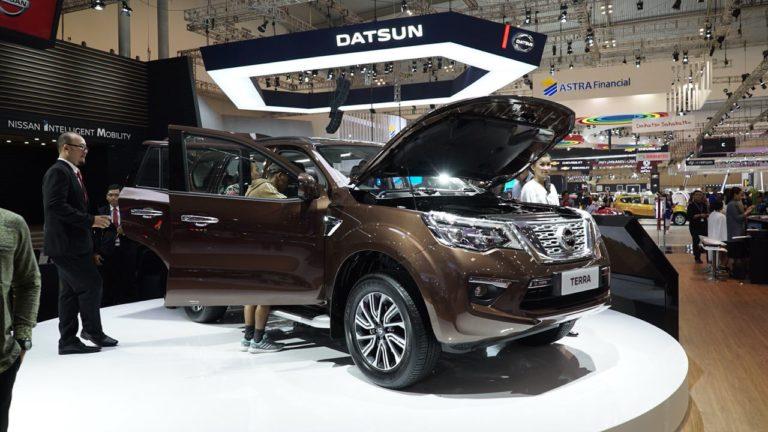 Review Nissan Terra : Sebuah Mobil Petualang yang Serbaguna
