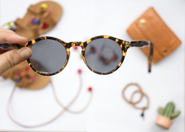 Top 10 Kacamata Keren untuk Lengkapi Gaya Sehari-hari