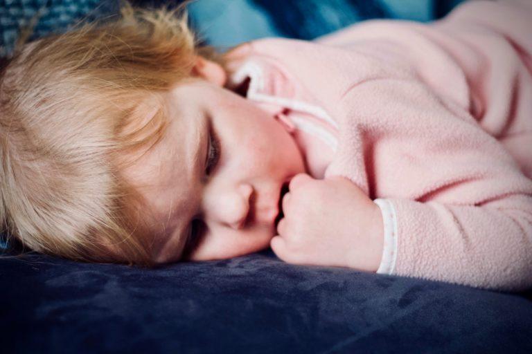 Lakukan 5 Hal Ini Agar Tidur Si Kecil Berkualitas