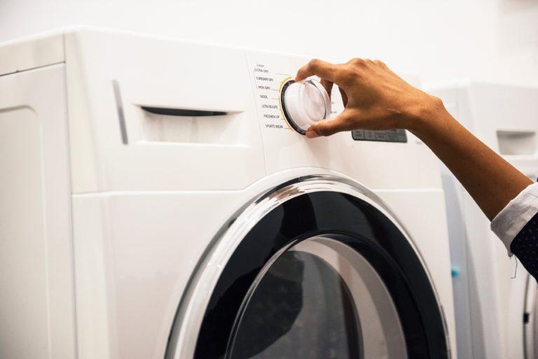 5 Hal Yang Perlu Diperhatikan Saat Membeli Mesin Cuci
