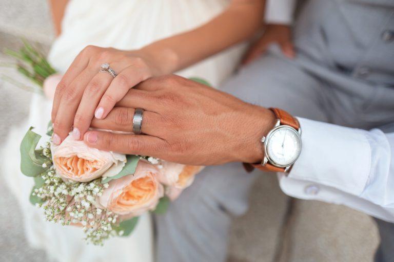 5 Tips Menghemat Biaya Pernikahan, Calon Pengantin Wajib Tahu!
