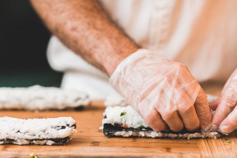 Resep Mudah Membuat Sushi Untuk Bekal si Kecil!