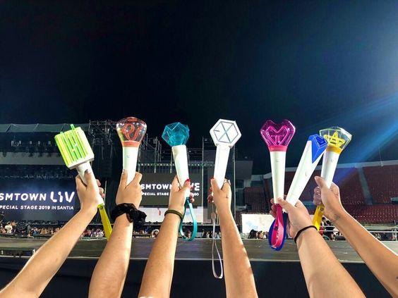 15 Fandom Lightstick Paling Unik Di Industri K-Pop