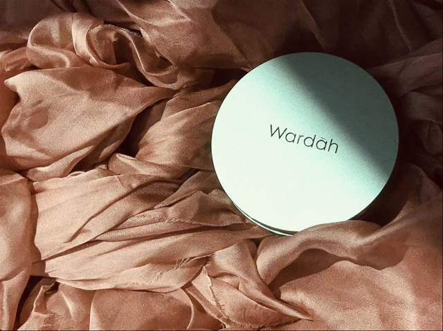 Review Jujur Aja: Wardah Exclusive Flawless Cover Cushion