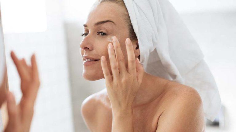 5 Eye Cream Terbaik yang Wajib Kamu Pakai Tiap Malam