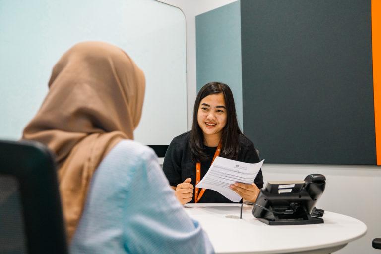 Ingin Memberikan Kesan Pertama yang Mendalam Terhadap Para Perekrut hanya dengan Membaca CV-mu? Yuk Simak Beberapa Tips di Bawah Ini!