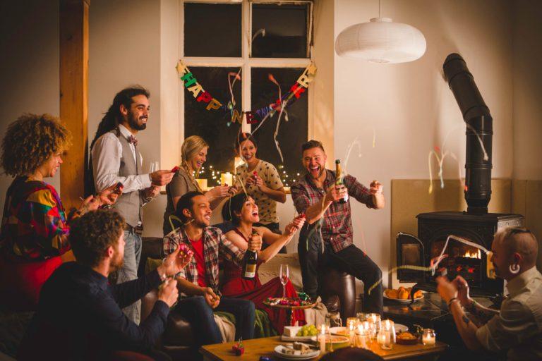 Mau Rencanain Pesta Tahun Baru di Rumah? Yuk Kepoin Tipsnya di Sini!