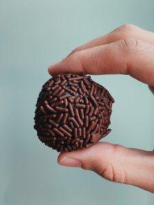 Bola-bola cokelat