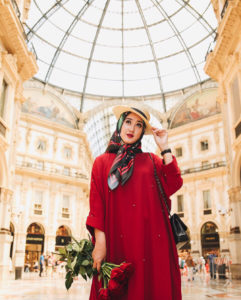 Dian pelangi hijab merah