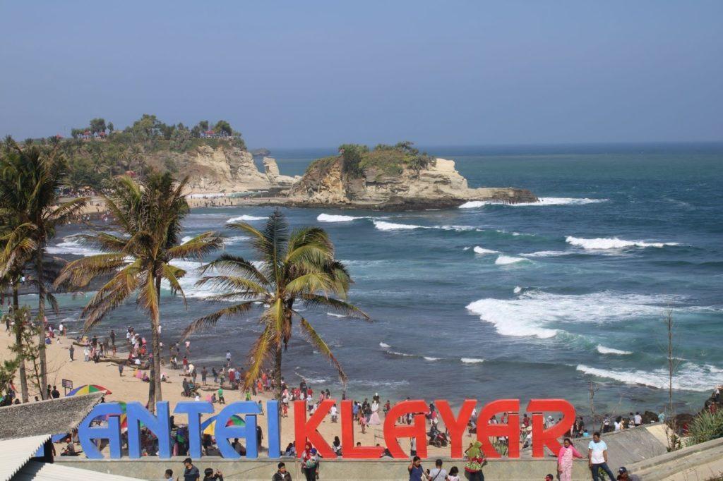 Pantai Klayar Didi Kempot