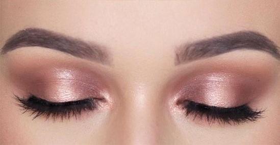 Eyeshadow makeup mata cantik