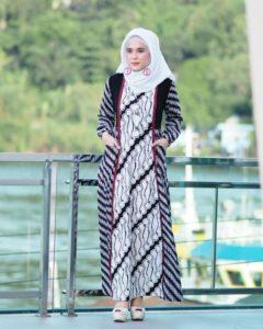 Hijab fashion batik
