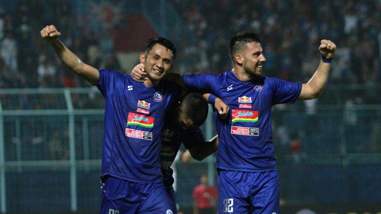 Jelang Deadline Bursa Transfer, Arema Masih Cari Bek Tengah
