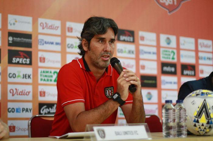 Fasih Bahasa Indonesia, Pelatih Bali United Ungkap Rahasianya