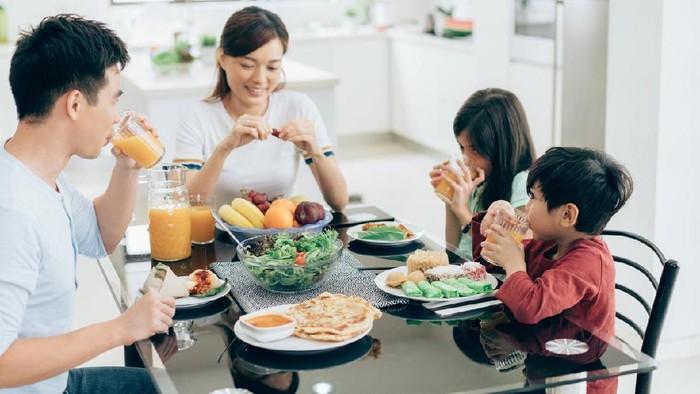 Supaya Kuat Puasa Seharian, Simak 5 Rekomendasi Makanan Sehat untuk Sahur