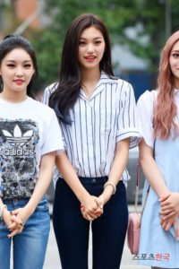 kim doyeon fashion