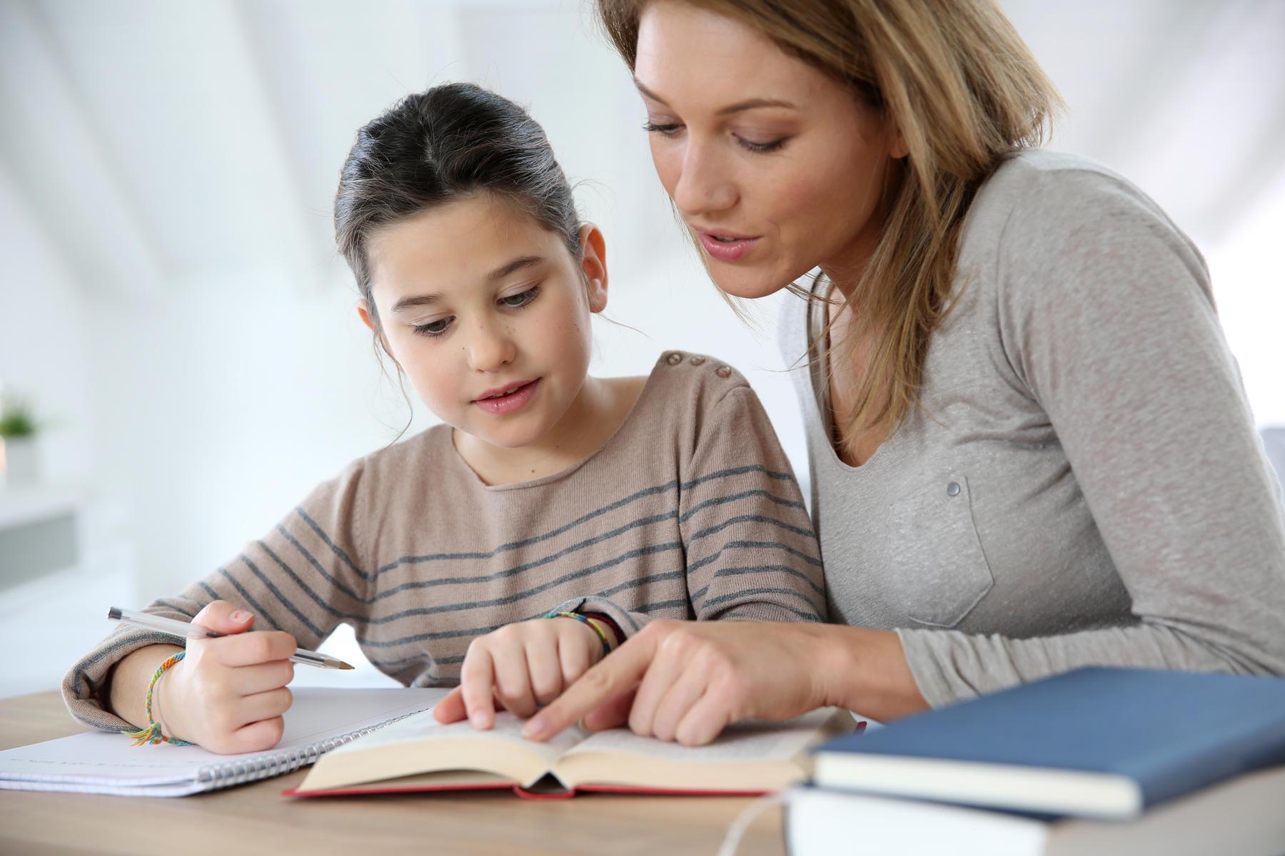 Supaya nggak stres temani anak belajar di rumah