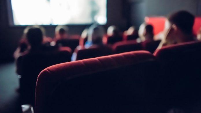 pembukaan bioskop