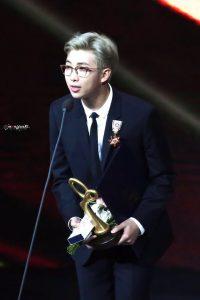 leader grup kpop terbaik rm bts