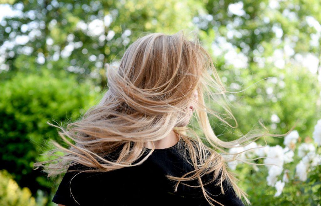 Warna Rambut Blonde