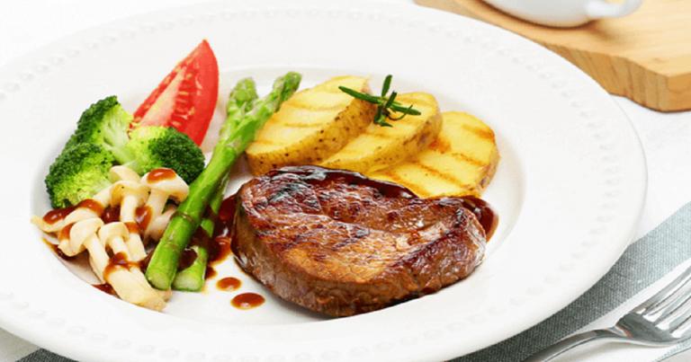 Ide Resep Makan Siang dari Nutrimart: Soya Glazed Beef Tenderloin!