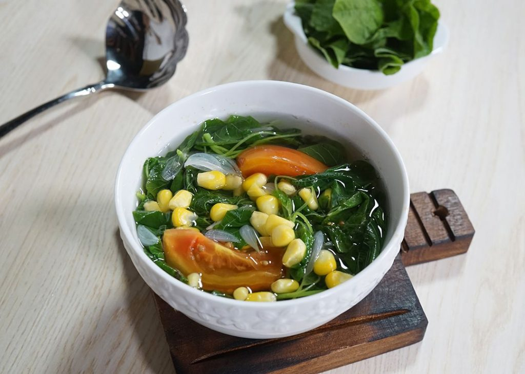 Rekomendasi Menu Sahur Sayur Bening Bayam
