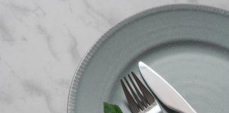 Cara Membersihkan Alat Makan