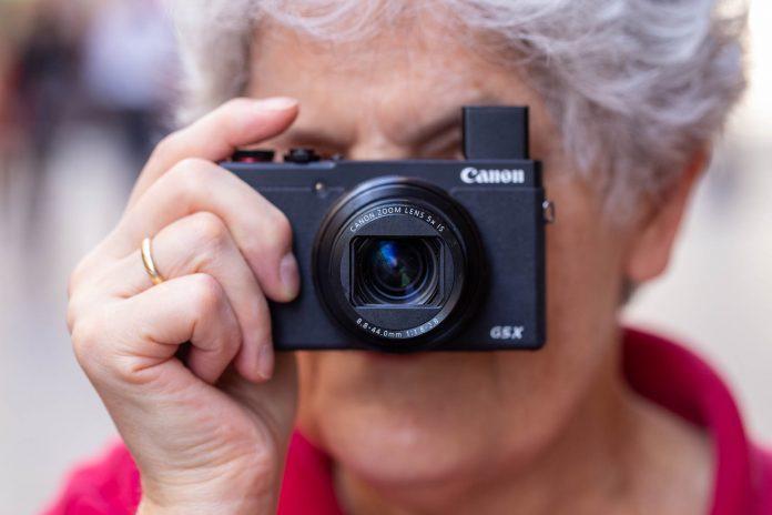 Adu Panas Dua Kamera Pocket Canon G7X Mark III VS Sony ZV-1