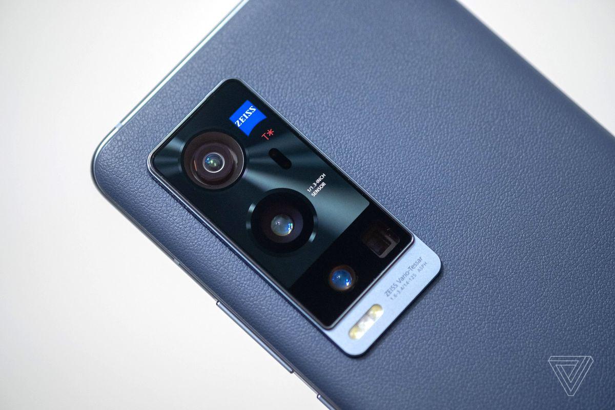 Review Spesifikasi Vivo X60 Pro. Kamera Juara!