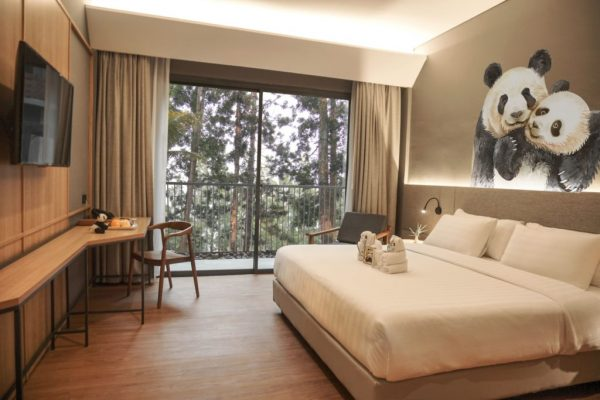 royal safari garden rekomendasi hotel di puncak